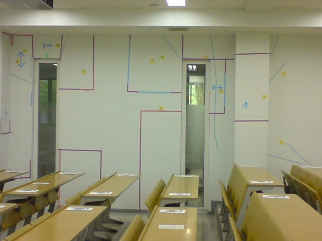 震災1年後の教室